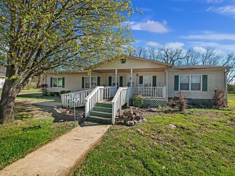 Photo of 1614 E 48th St, Chattanooga, TN 37407