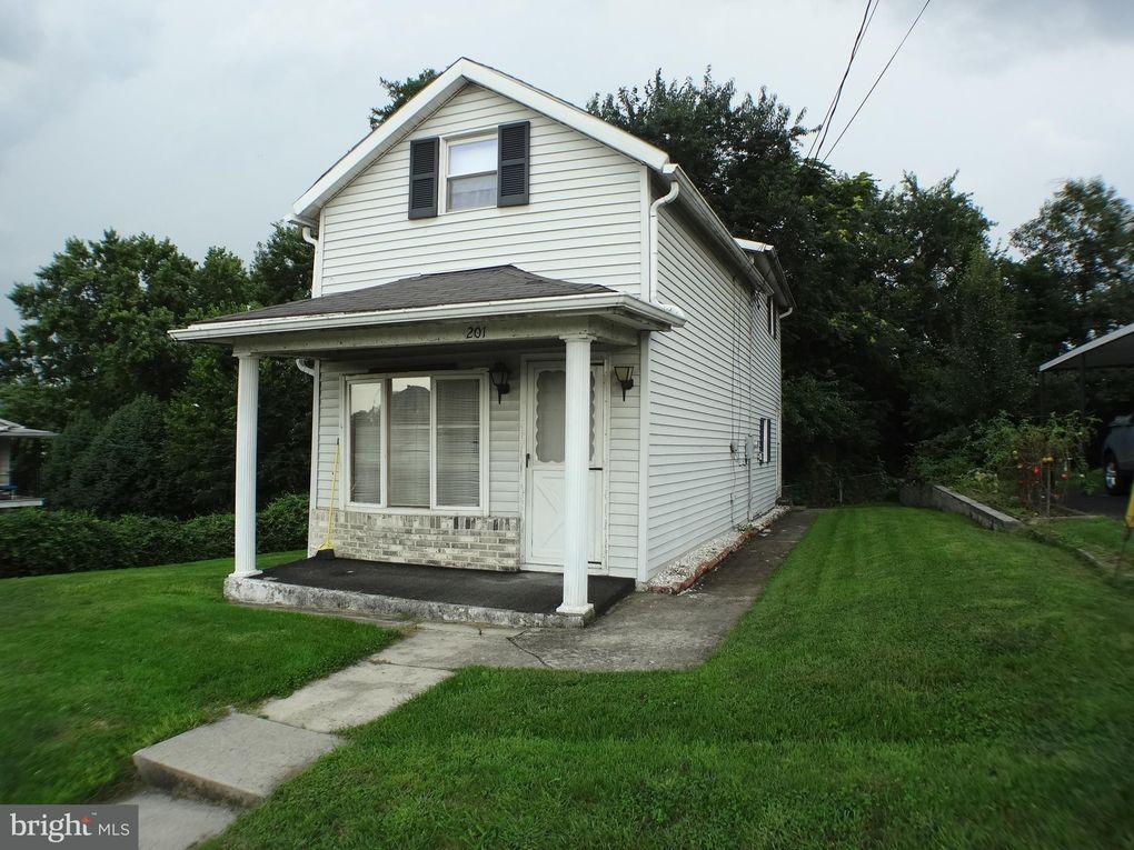 201 Maple St, Cumberland, MD 21502
