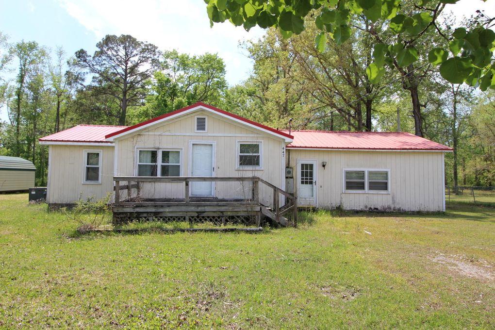 447 Ball Farm Rd Newport, NC 28570