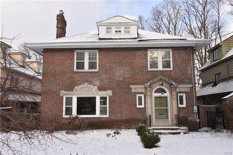 1303 James St, Syracuse, NY 13203