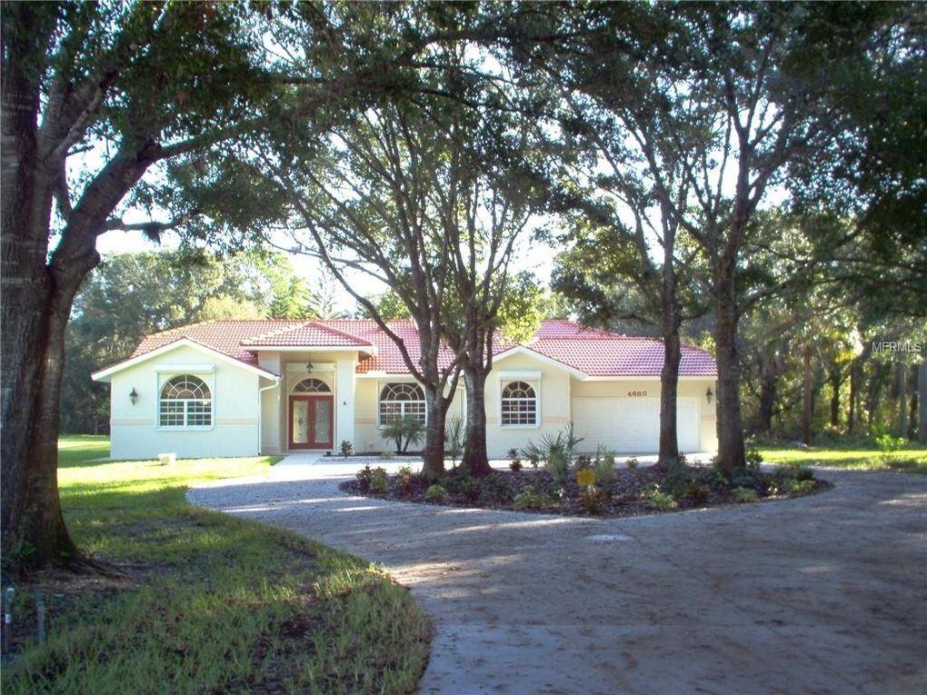 4680 San Siro Dr, Sarasota, FL 34235
