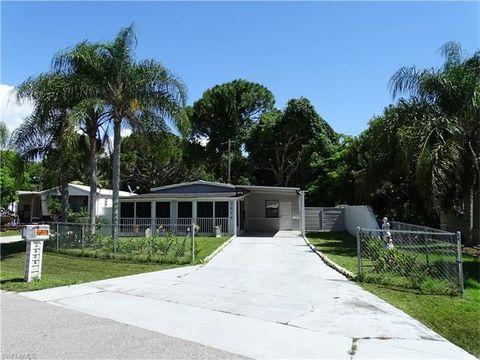 3604 Unique Cir Fort Myers FL 33908