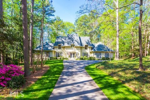 Photo of 1890 Old Dominion Dr, Sandy Springs, GA 30350