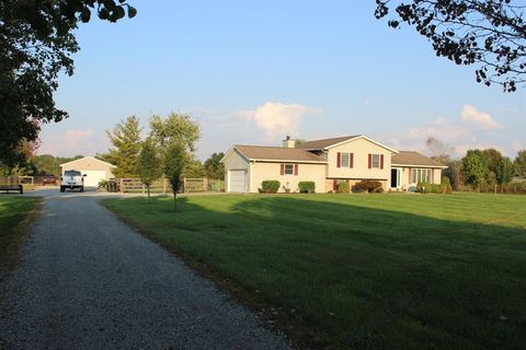 Photo of 7290 Whitacre Rd, Blanchester, OH 45107