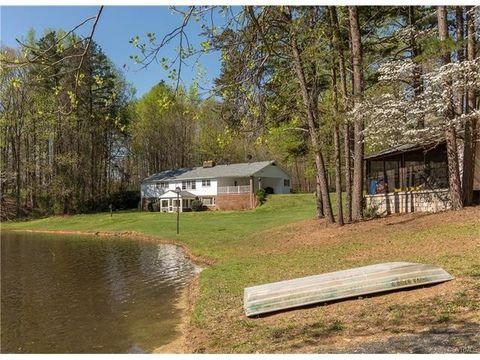 178 Game Farm Rd, Cartersville, VA 23027