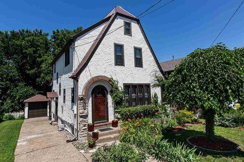 Dubuque, IA Real Estate - Dubuque Homes for Sale - realtor com®