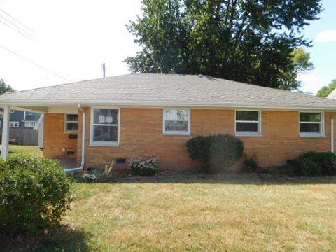 206 N Ohio St, Tuscola, IL 61953