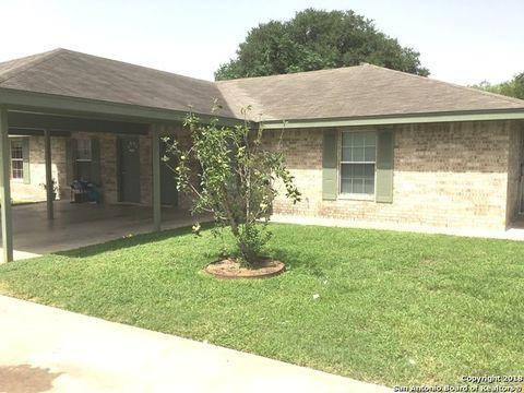 Pleasanton, TX Real Estate - Pleasanton Homes for Sale - realtor.com®