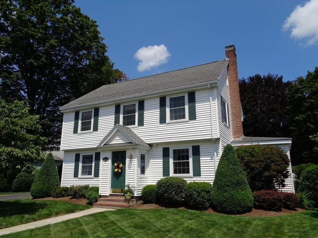 5 Richard Ave Shrewsbury, MA 01545