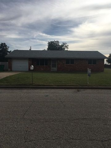 Photo of 311 W 15th St, Quanah, TX 79252