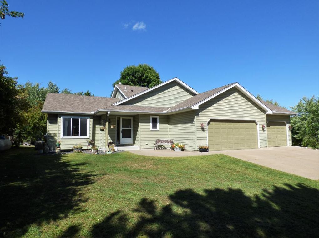 5901 236th Ave NW Saint Francis, MN 55070