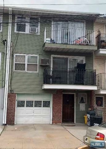 Photo of 26 President St, East Newark, NJ 07029