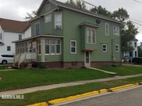 Photo of 115 W Jefferson St, Warren, IL 61087