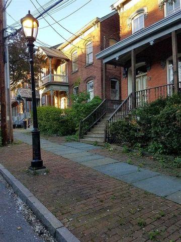 Photo of 13 Grand St Unit 2, Poughkeepsie, NY 12601