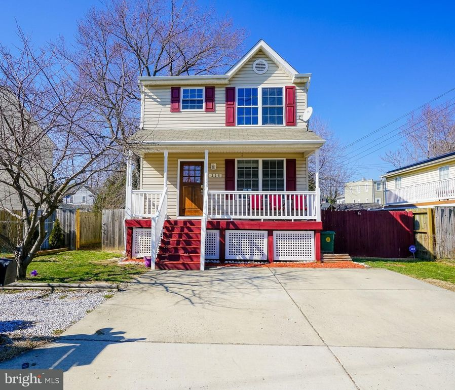 218 Townsend Ave, Baltimore, MD 21225