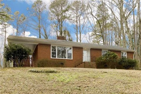 Photo of 7513 Cherokee Rd, Richmond, VA 23225