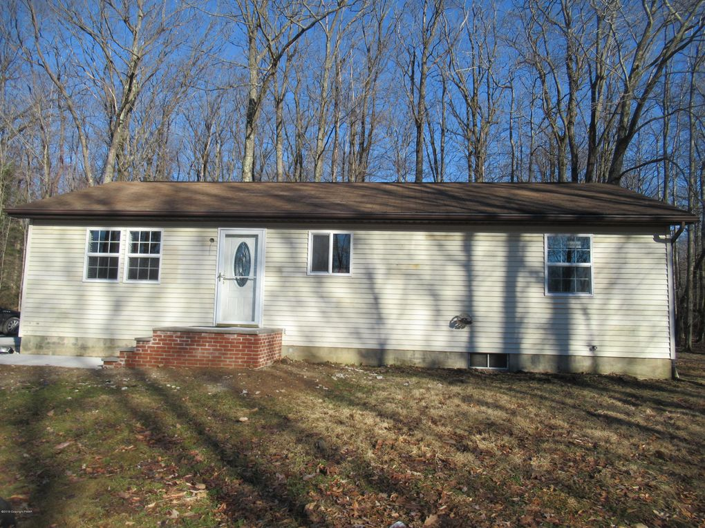 315 Hellers Ln Long Pond, PA 18334
