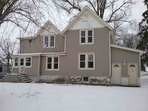 Photo of 330 N Woodward St, Brandon, WI 53919