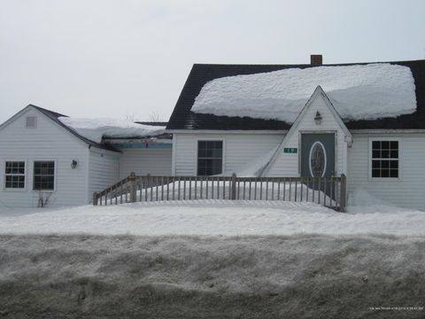 Photo of 19 Glendale Rd, Caribou, ME 04736
