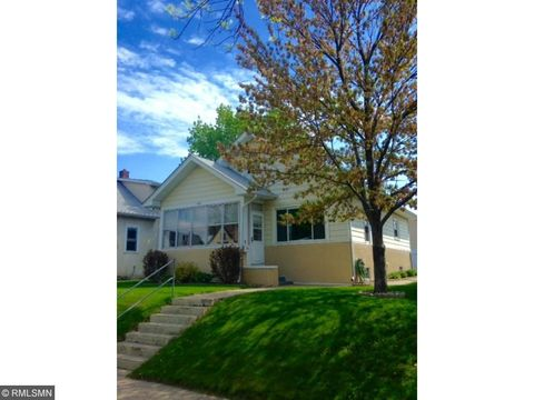 429 3rd Ave S, South St Paul, MN 55075