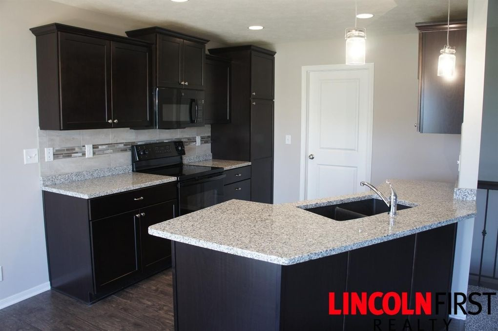 6640 N 13th Model St, Lincoln, NE 68521