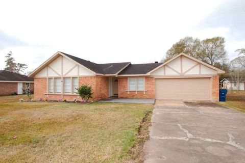 Photo of 8505 Stratford Dr, Orange, TX 77632