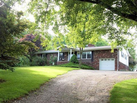 6421 Proctor Creek Rd, Proctor, WV 26055