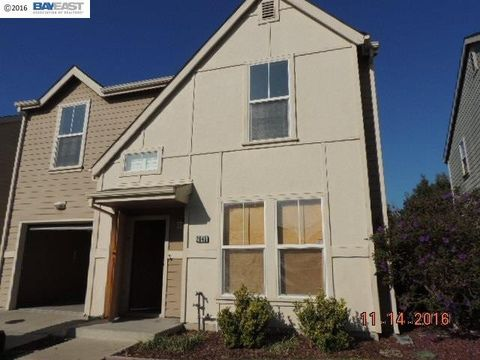 2645 Foothill Ave, Richmond, CA 94804
