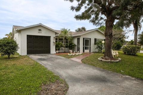 7213 Pine Bluff Dr, Lake Worth, FL 33467