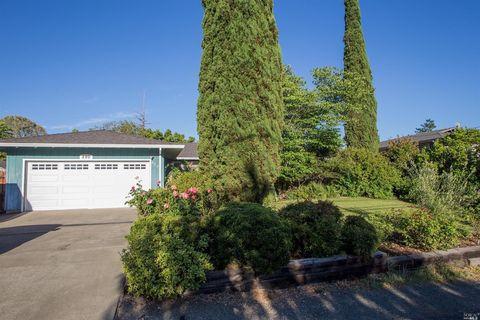 280 Washburn St, Angwin, CA 94508