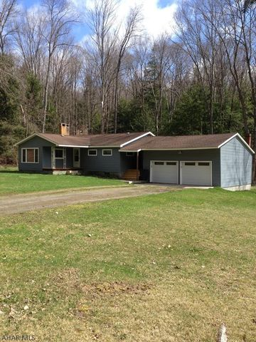 884 Lee Run Rd, Mahaffey, PA 15757