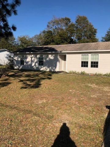 Photo of 6105 N Magnolia Ln, Crestview, FL 32539