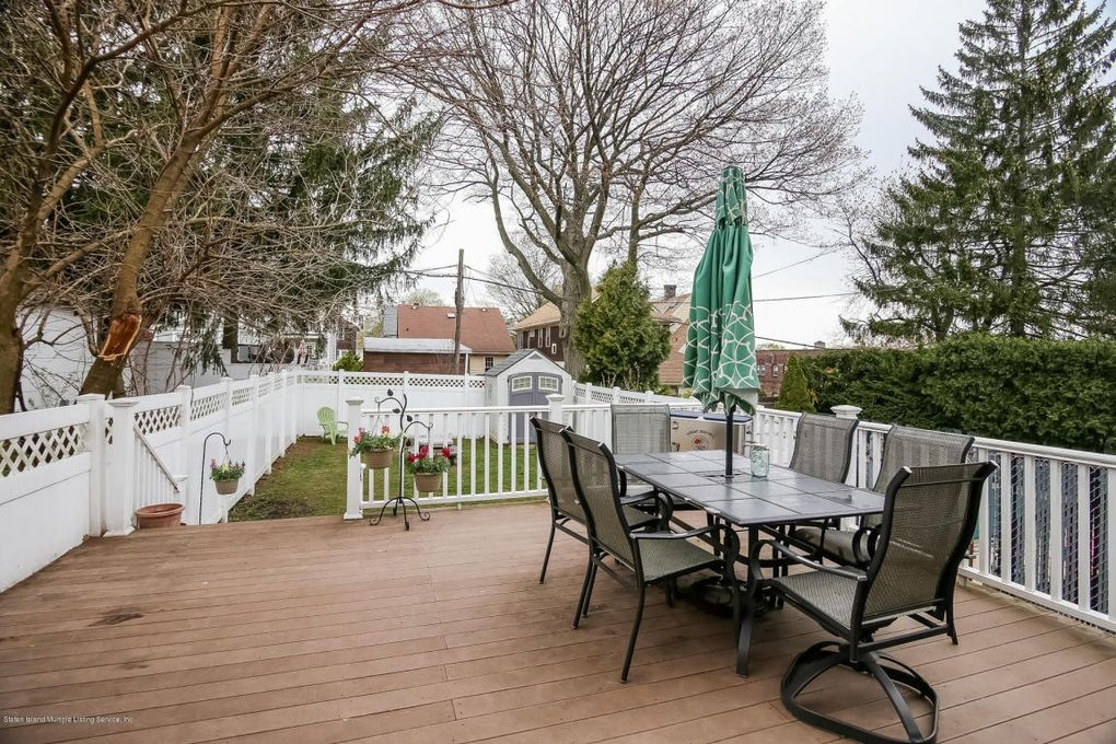 Real Estate Oakwood Staten Island