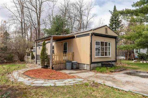 Excellent Concord Nh Mobile Manufactured Homes For Sale Realtor Com Home Interior And Landscaping Elinuenasavecom
