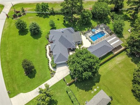 Photo of 20296 Havenshire Dr, Montgomery, TX 77316