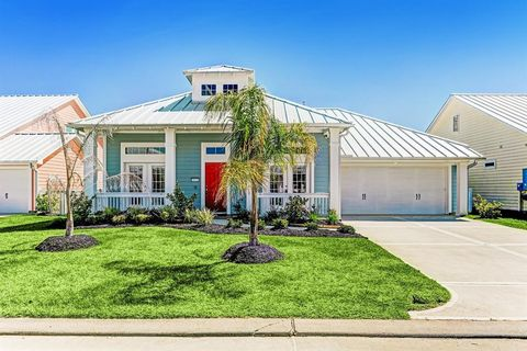 Prime Waterfront Homes For Sale In Texas City Tx Realtor Com Home Interior And Landscaping Ymoonbapapsignezvosmurscom