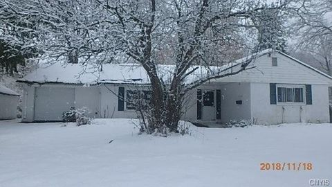 Photo of 4198 Hall Ave, Marcellus, NY 13108