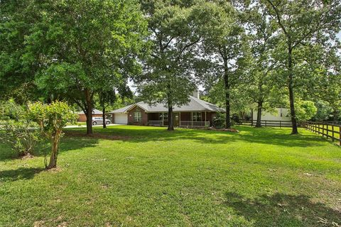 Photo of 24902 Wintergreen Dr, Magnolia, TX 77355