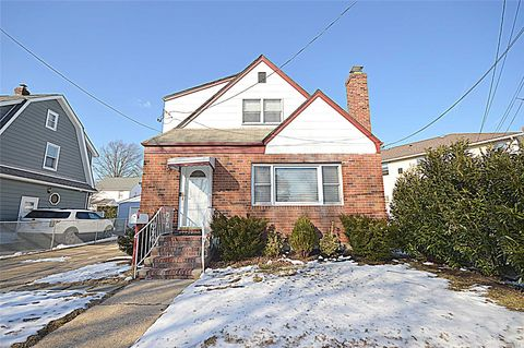 Photo Of 17 Main St Fl Park Ny 11001 House For Rent