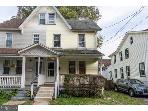53 Holland Ave, Ardmore, PA 19003