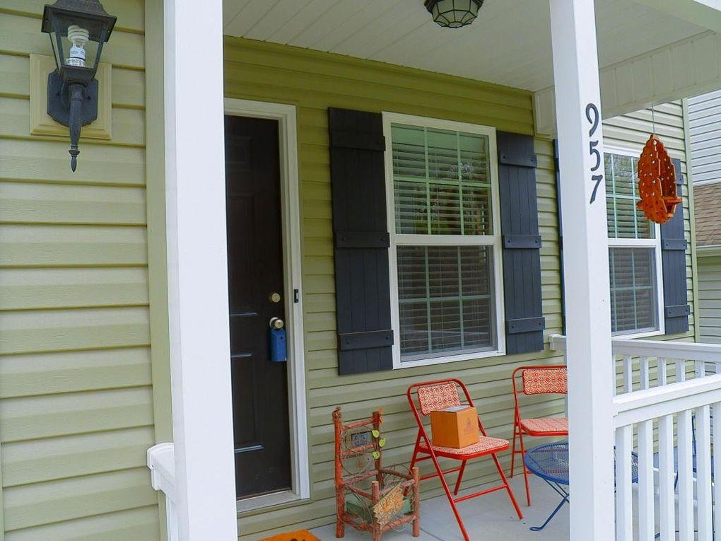 957 Norwood Village Ln, Maryville, TN 37801