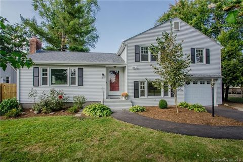76 Lawler Rd, West Hartford, CT 06117