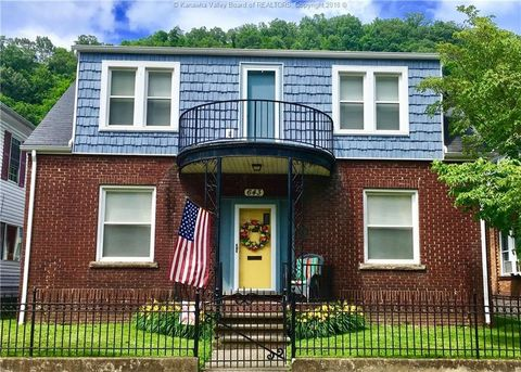 643 Stratton St, Logan, WV 25601