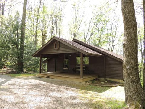 25050 Purcell Rd, South Bloomingville, OH 43152