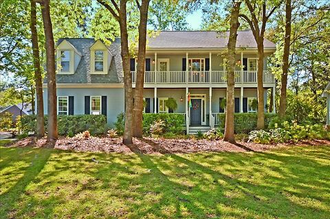 Photo of 102 Old Course Rd, Summerville, SC 29485