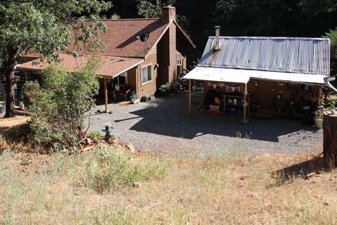 Photo of 680 Upper Rd, Junction City, CA 96048
