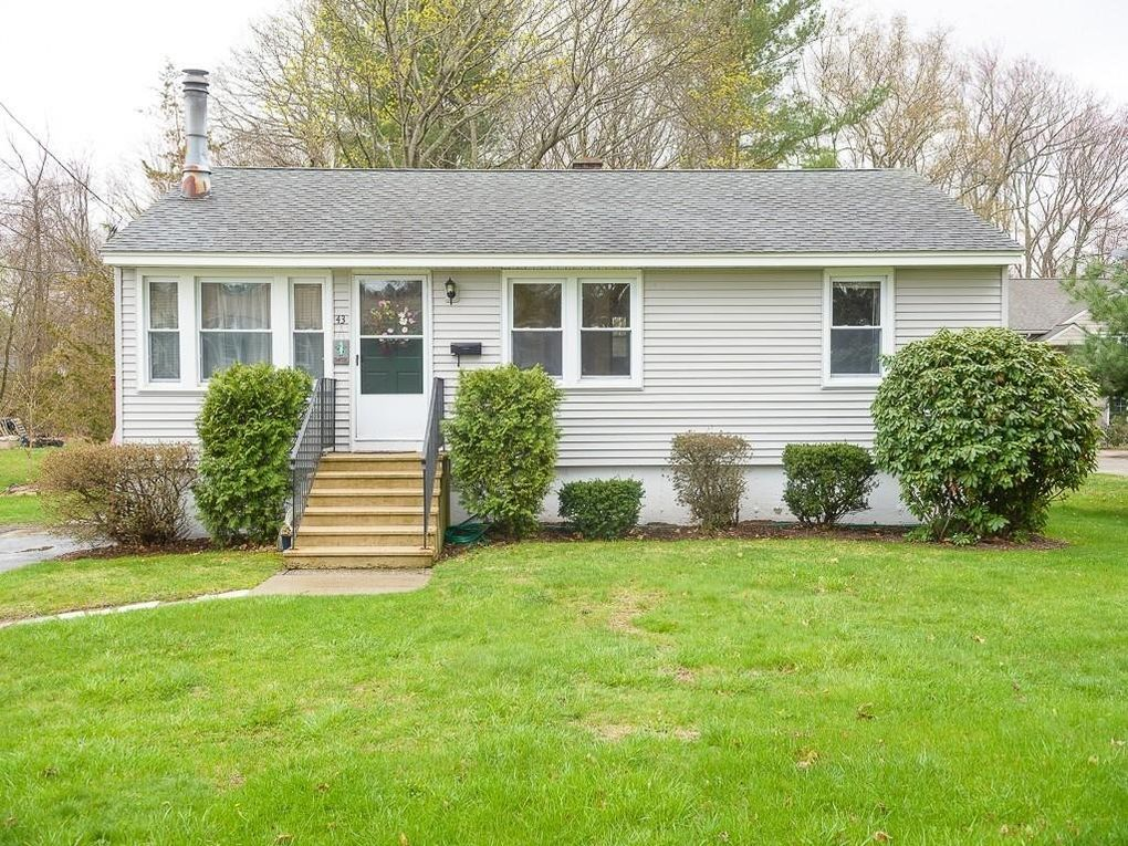43 Southold Rd Worcester, MA 01607