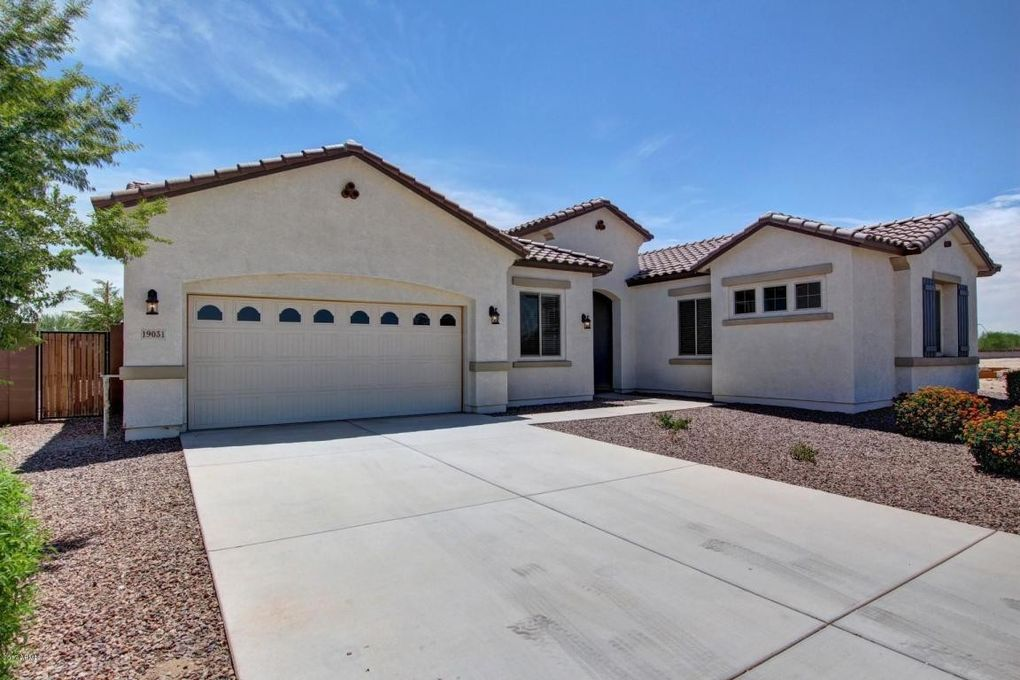 19031 E Carriage Way, Queen Creek, AZ 85142