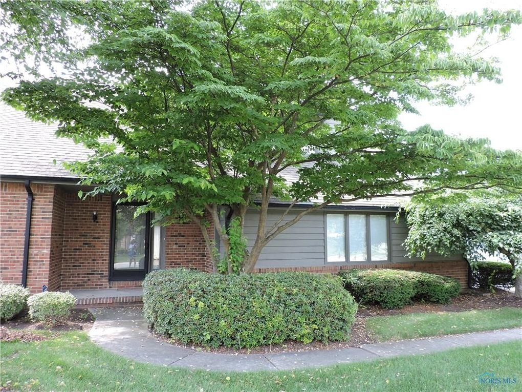 6734 Pine Creek Dr Toledo, OH 43617