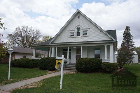 Photo of 720 Lincoln St, Wayne, NE 68787